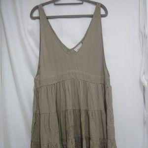 Acacia M NWT Havana Dress Cement Tiered Spring